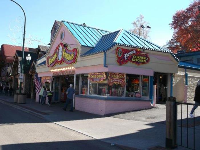 Fannie Farkles Store Front