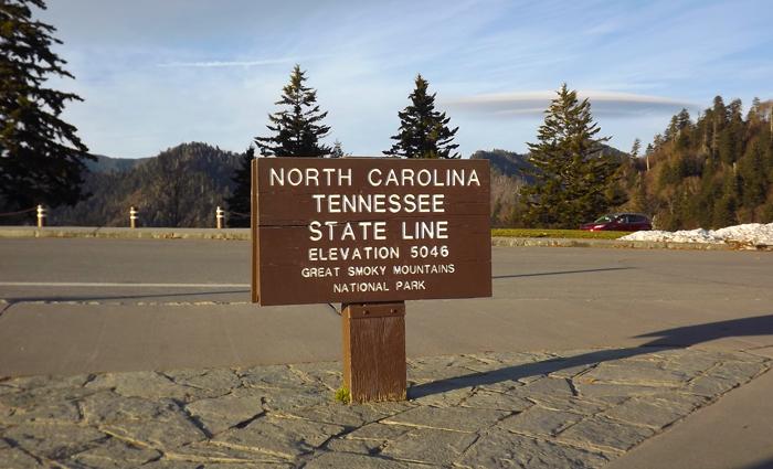 Newfound Gap State Line Sign