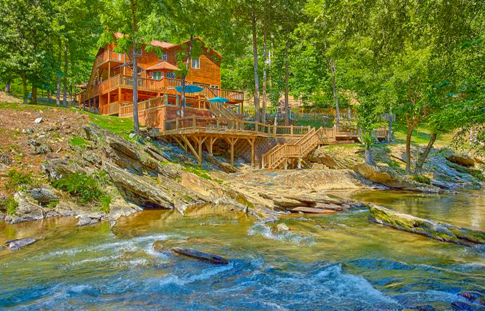 Bon River Mist Resort Cabin