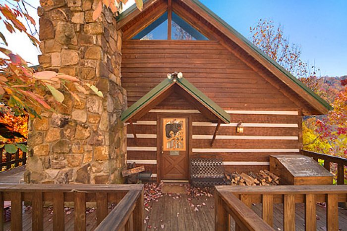 Bears Den Cabin in Gatlinburg