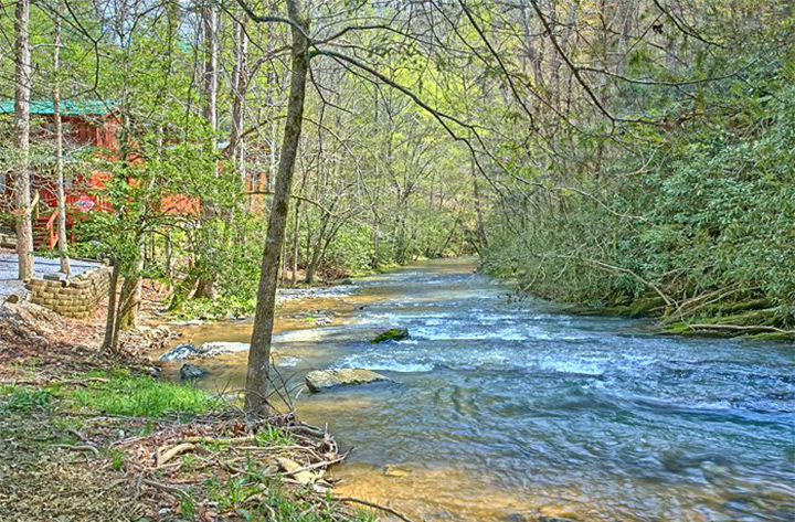 Gatlinburg Cabins on Streams and Rivers