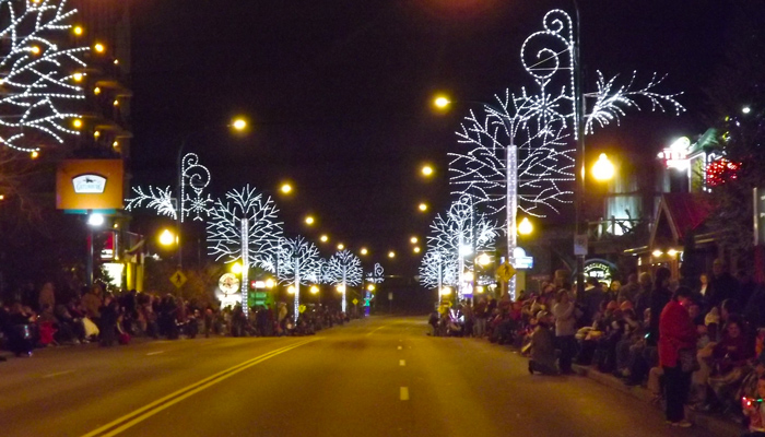 Gatlinburg's Fantasy of Lights Christmas Parade Guide