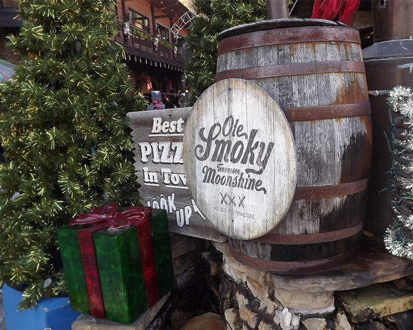 Moonshine Gifts Gatlinburg