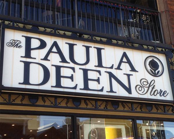 Paula Deen Store Gatlinburg