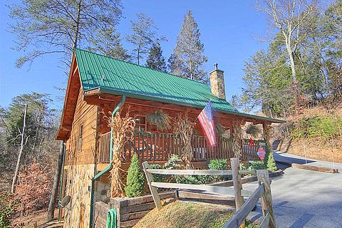 Jackson mountain homesgatlinburg mountains calling el for Jackson cabins gatlinburg tenn